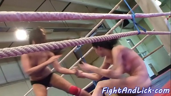 Wrestling, Pussy licking