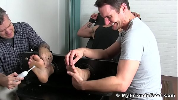 Tickle, Tied