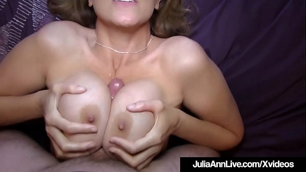 Julia ann, Julia, Milf boobs