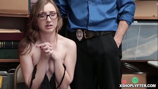 Shoplifter, Teen blowjob