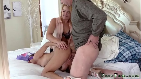 Mom sex, Mom family, Family mom, Family sex, Sex and mom, Mom n